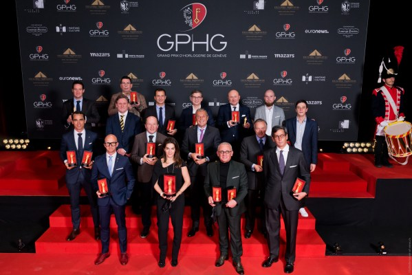 Chabi Nouri (CEO of Piaget), Georges Kern (CEO de Breitling), Kari Voutilainen (Owner and watchmaker), Karl-Friedrich Scheufele (President of Chronométrie Ferdinand Berthoud), Jean-Christophe Babin (CEO of Bulgari), Roland Enderli (Tudor Watches Commercial director), Louis Ferla (CEO of Vacheron Constantin), Pascal Raffy (Président of Bovet 1822), Patrick A. Ulm (CEO of Charles Girardier), Eric de Rocquigny (International Operations & Métiers Director of Van Cleef & Arpels), Stephen Forsey (Co-founder of Greubel Forsey), David Bernard (Hand Made Workshop Manager of Greubel Forsey), Edouard Meylan (CEO of H. Moser & Cie), Gaël Petermann et Florian Bédat (Co-founders of Petermann Bédat), Davide Traxler (CEO of Parmigiani Fleurier), Antoine Simonin (Watchmaker, teacher, editor and former director of Wostep)