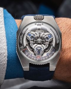URWERK UR-100 V Iron Limited Edition