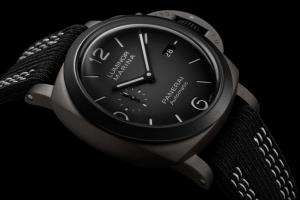 Panerai Luminor Marina 44mm − Guillaume Néry Edition (PAM01122)