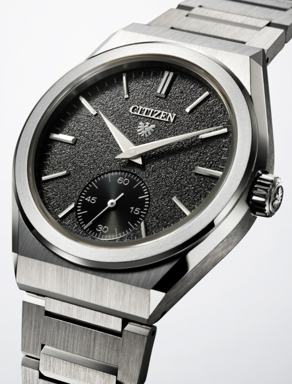 CITIZEN Mechanical (with in-house Caliber 0200 movement)