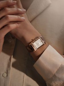 Jaeger-LeCoultre Reverso Duetto Medium watch wrist shot