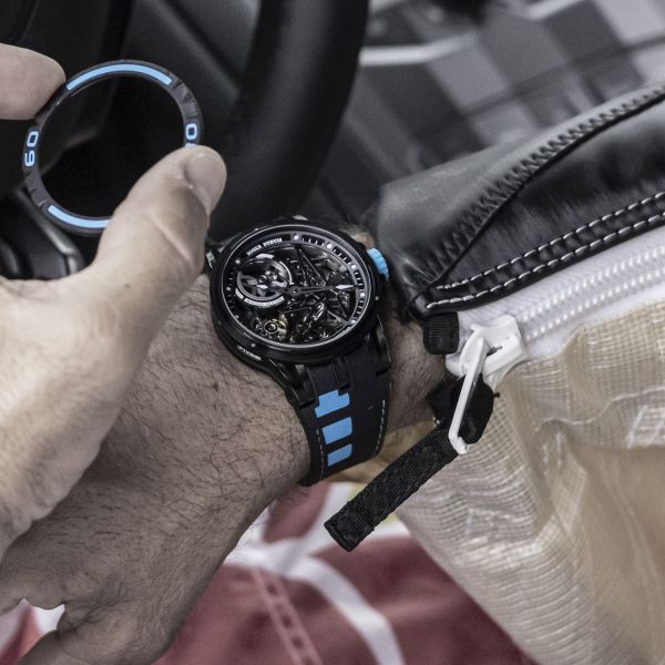 Roger Dubuis New Excalibur Spider Pirelli watch interchangeable bezel