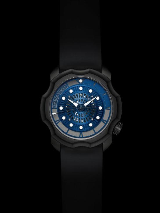 Sarpaneva Korona K0 watch with black dlc case