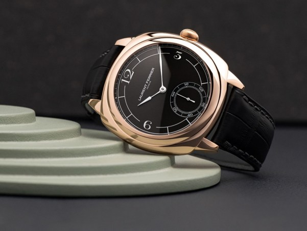 LAURENT FERRIER Square Micro-Rotor Retro watch in 18k red gold