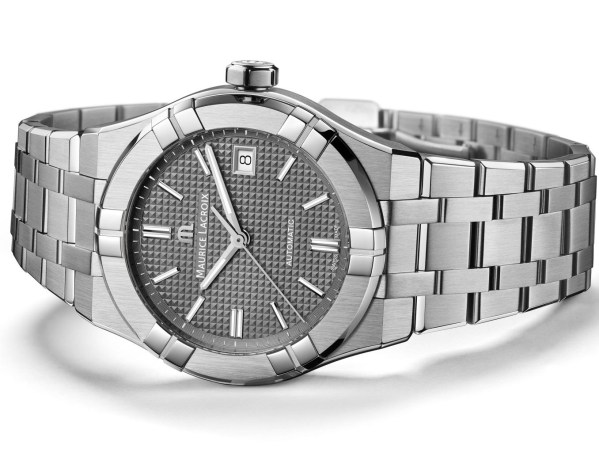 Maurice Lacroix Aikon Automatic New Version with grey dial and stainless steel bracelet