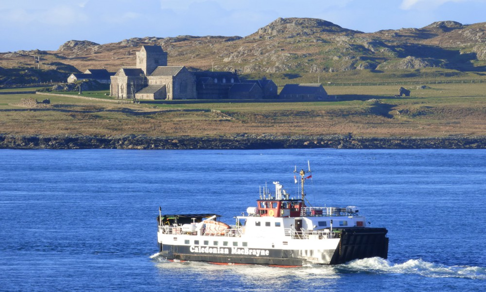 Ferry to Iona