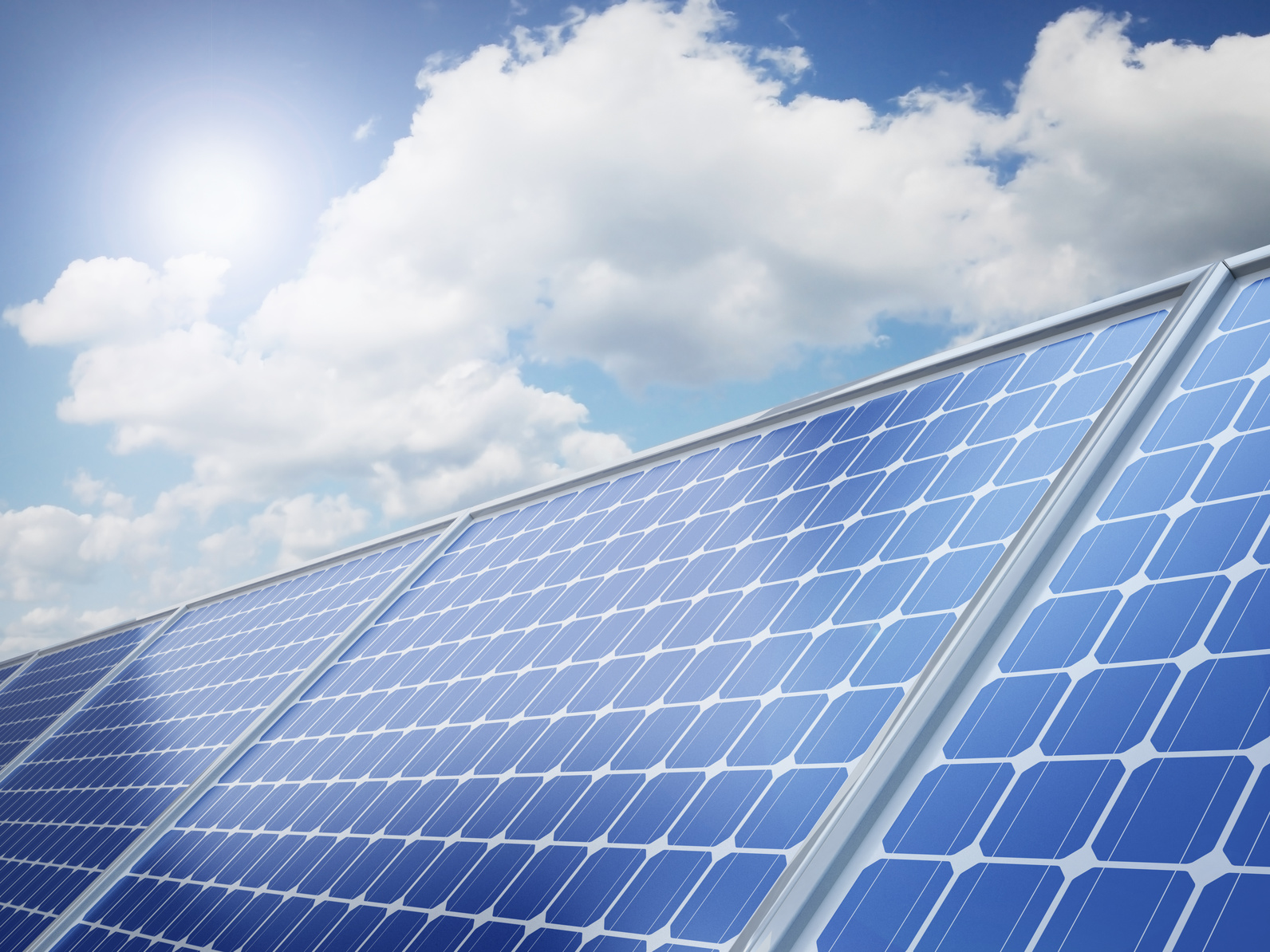 How Does The Solar Panel Make Electricity From Sunlight