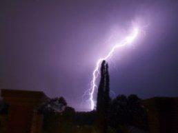 lightning-strike.jpg
