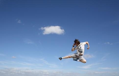master luke robinson flying side kick