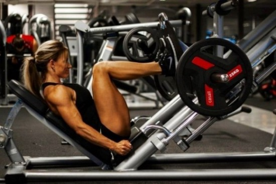 leg-press-female1-e1430053945644