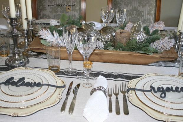 Sentiment Christmas tablescape4
