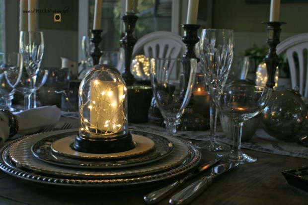 Dazzingly bright new years eve tablescape2