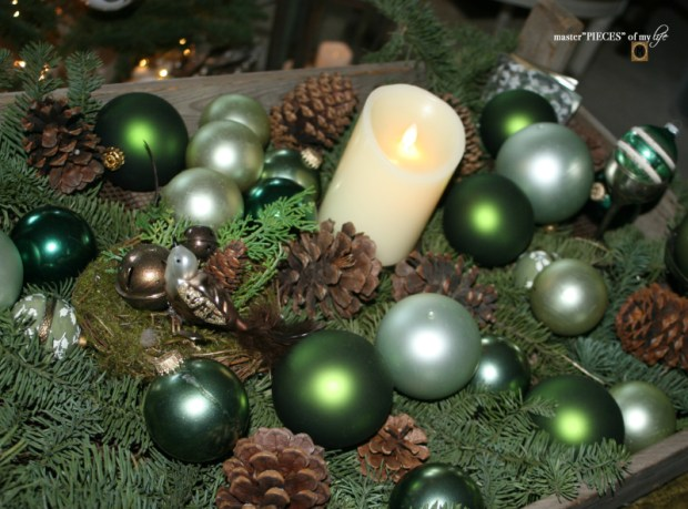 Baubles in a crate 6
