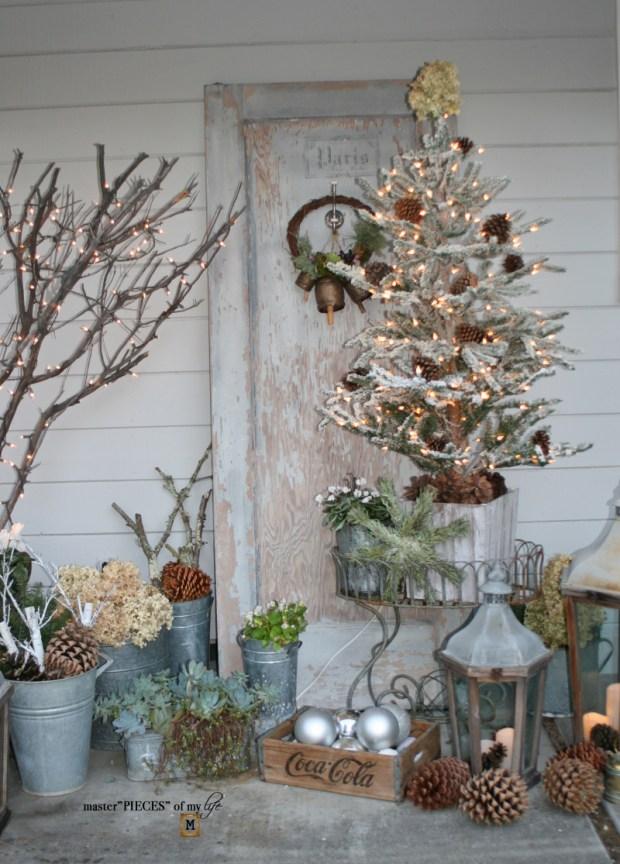 A vintage door & a petite Christmas tree2