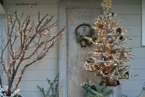 A vintage door & a petite Christmas tree4