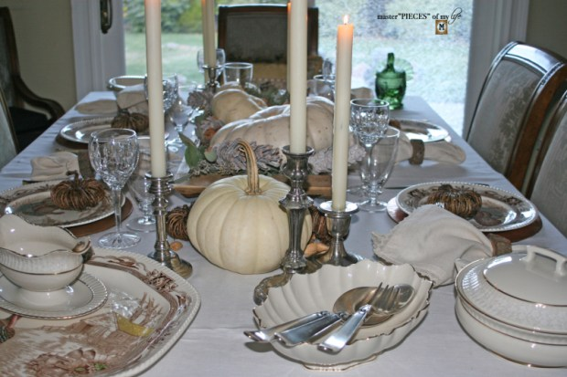 Rustic thanksgiving tablescape1