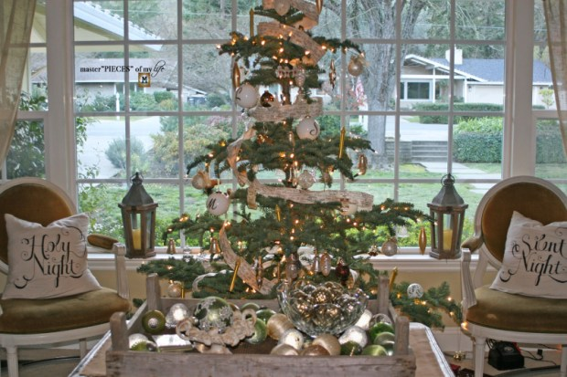 Christmas tree tradition2