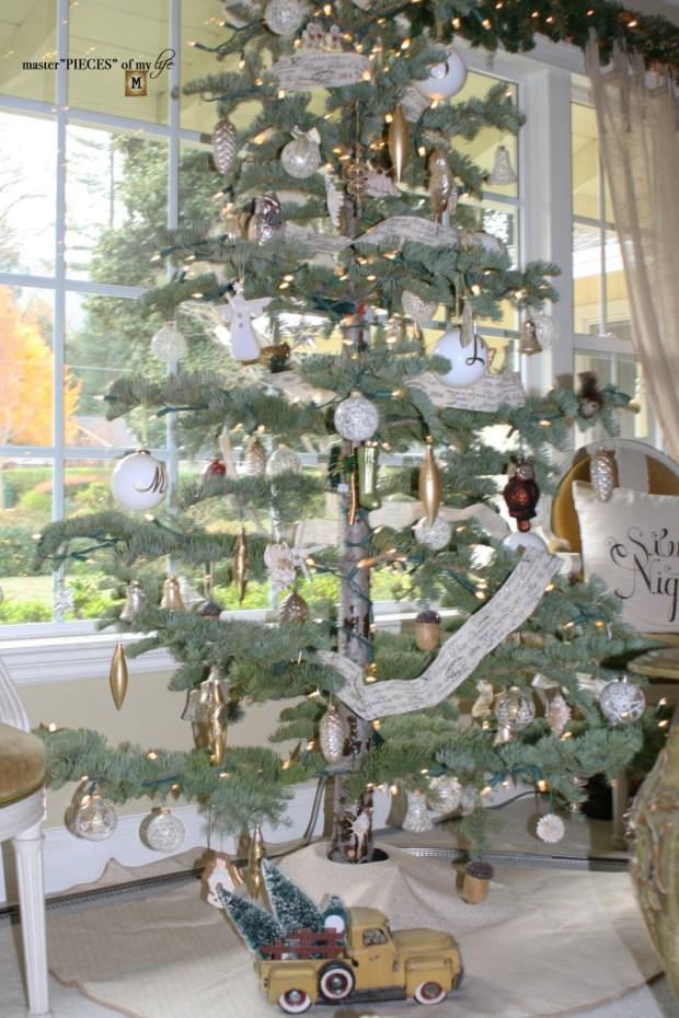Christmas tree tradition10