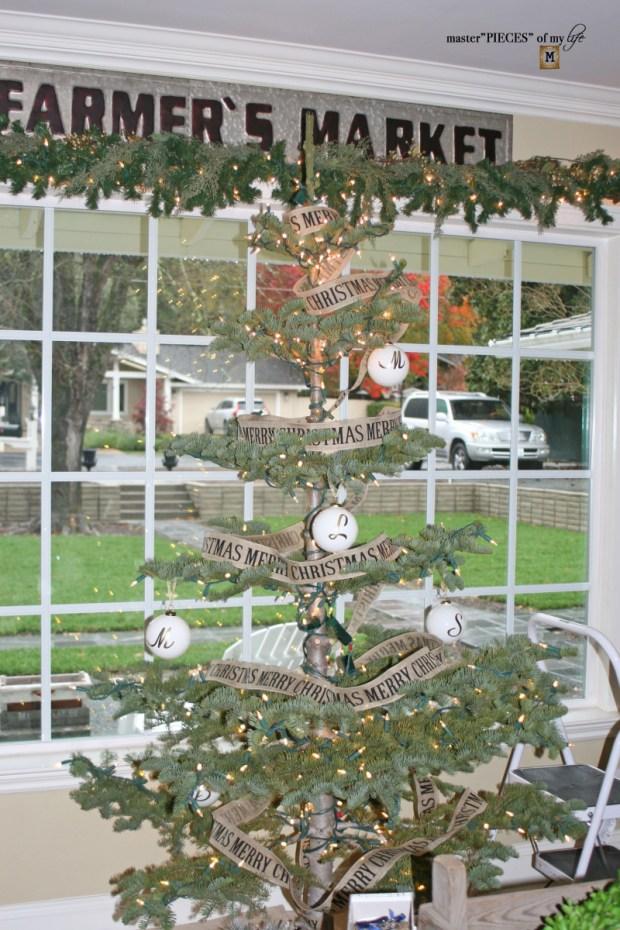 Christmas tree tradition13