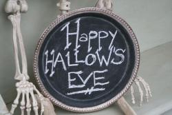 Happy hallows eve chalkboard