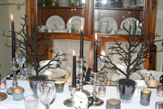 Glitzy halloween tablescape 6