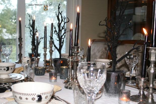 Glitzy halloween tablescape 7