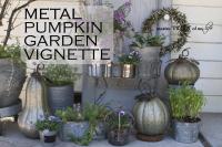 Metal pumkins garden