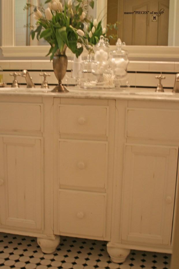 Bathroom reveal 12