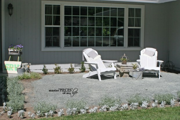 Front yard sitting area 4