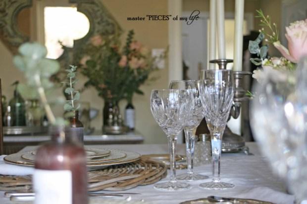 Romantic tablescape for 4-10