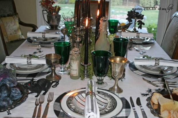 Green & black halloween tablescape3