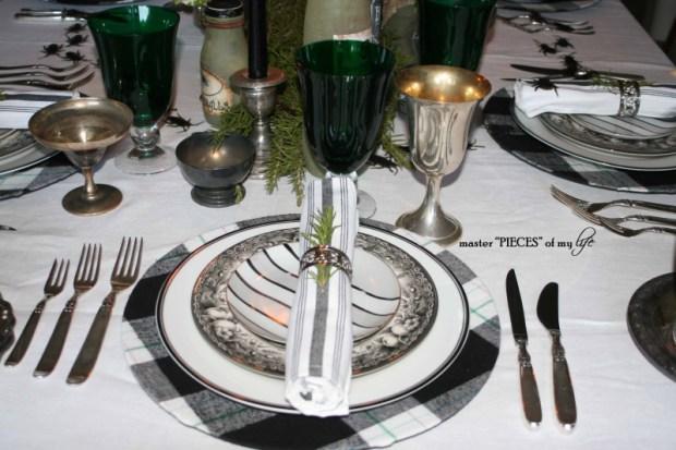 Green & black halloween tablescape7