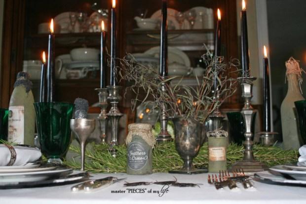 Green & black halloween tablescape11