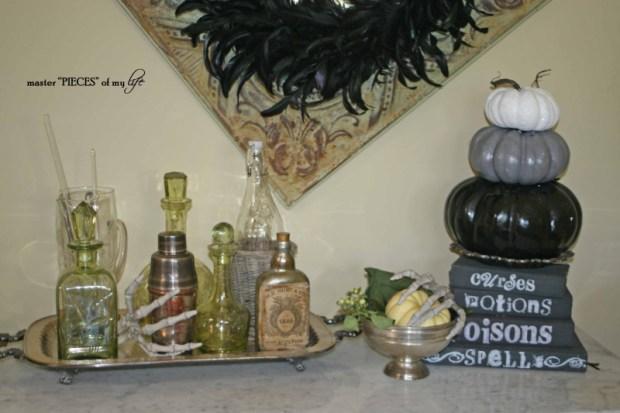Green & black halloween tablescape15