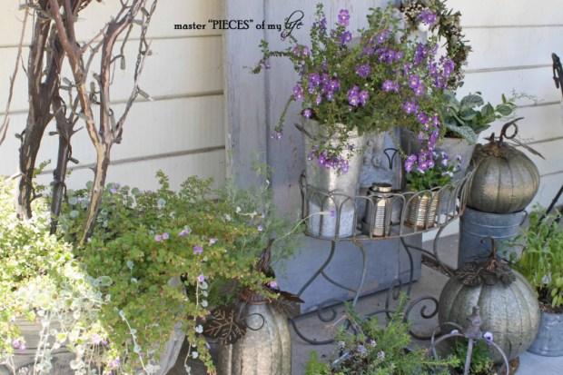 Metal pumkins garden5