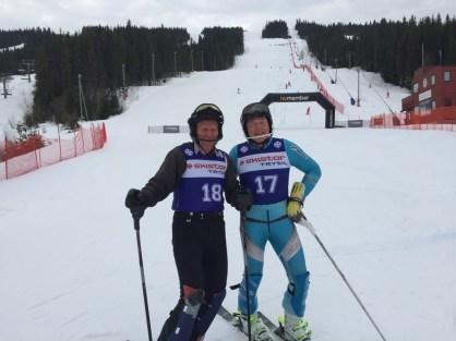 Knut Noreie og Kjell Aurmo etter dagens slalåmrenn i NM MastersAlpint 20180415