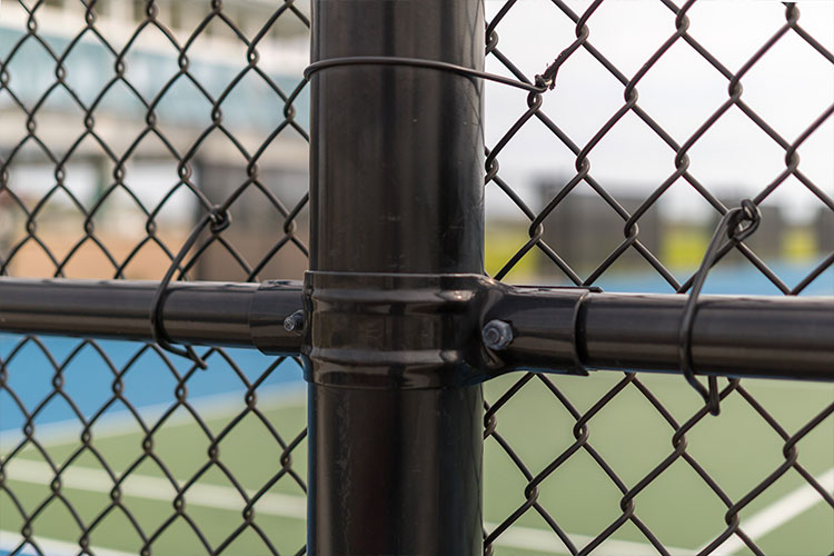 Commercial Fencing – Master Wire Manufacturing