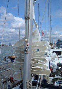 conseils hivernage entretien de bateau nettoyage lavage hivernage voiles cannes antibes, monaco cote d'azur