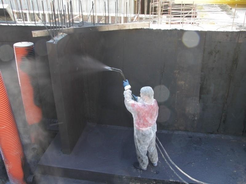 masti-k 714 вязкая мастика для обустройства бесшовной гидроизоляции фундаментов и заглубленных сооружений