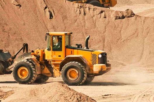 • Песок на отсыпку • Строительный песок • Намывной песок 1,7-2,0 • Намывной песок - Masti-K