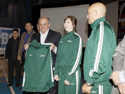 2010-02-23_(b)x_masTaekwondo_Gobernador_visita_a_los_jovenes_mexicanos-08_580