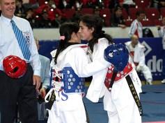 Final de la categoría femenina A56 -49 Kg. las rusas Dilyara Sheykhakhmedova (derecha) y Anastasya Papizhuk.