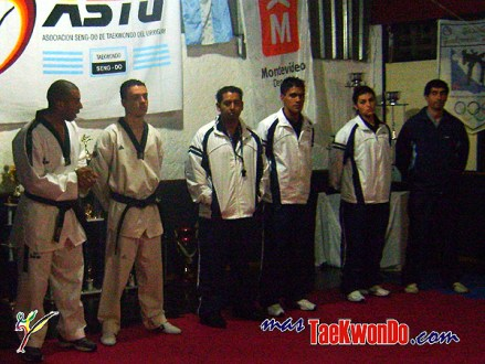 2010-05-28_(8573)x_masTaekwondo_Seminario-Montevideo-Uruguay_600_06