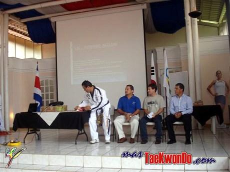 2010-05-31_(a)x_masTaekwondo_Seminario-Capacitacion-Taekwondo-Costa-Rica_600_13