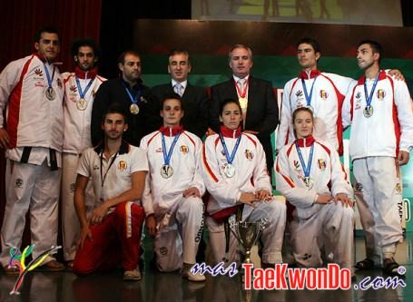 2010-10-17_(17773)x_Copa-Bicentenario_06_Espana