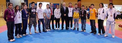 2010-11-30_masTaekwondo_Copa-Chile_640_01