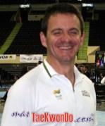 2011-01-07_(20996)x_masTaekwondo_Fernando-Madureira_250