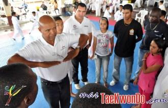 2011-02-22_(22067)x_Jose-Chaco-Cornelio_en_Surinam_05