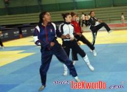 2011-03-16_(22785)x_Taekwondo-Ecuador-Emtrenamiento_02