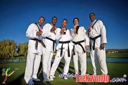 2011-11-03_(32884)x_con medallas